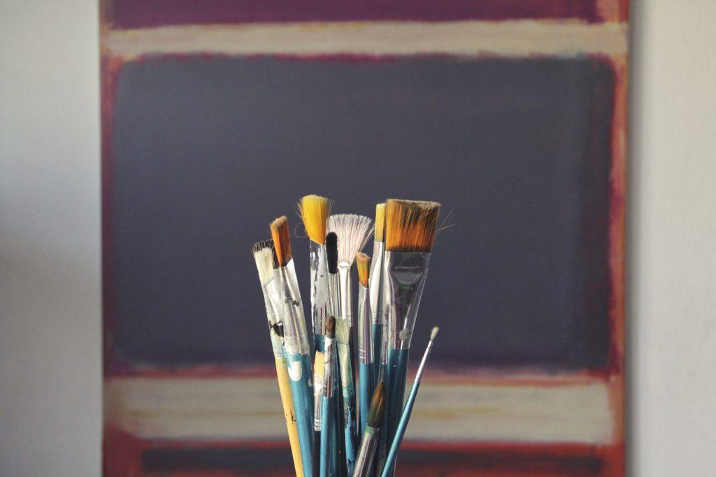 6 reasons you should hire professional painters to paint your home