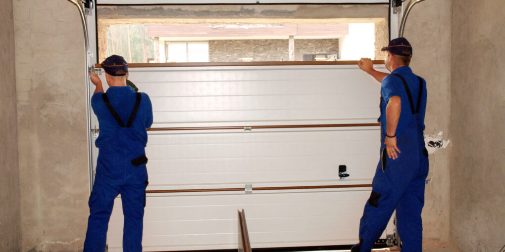 7 Signs You Need a Garage Door Replacement