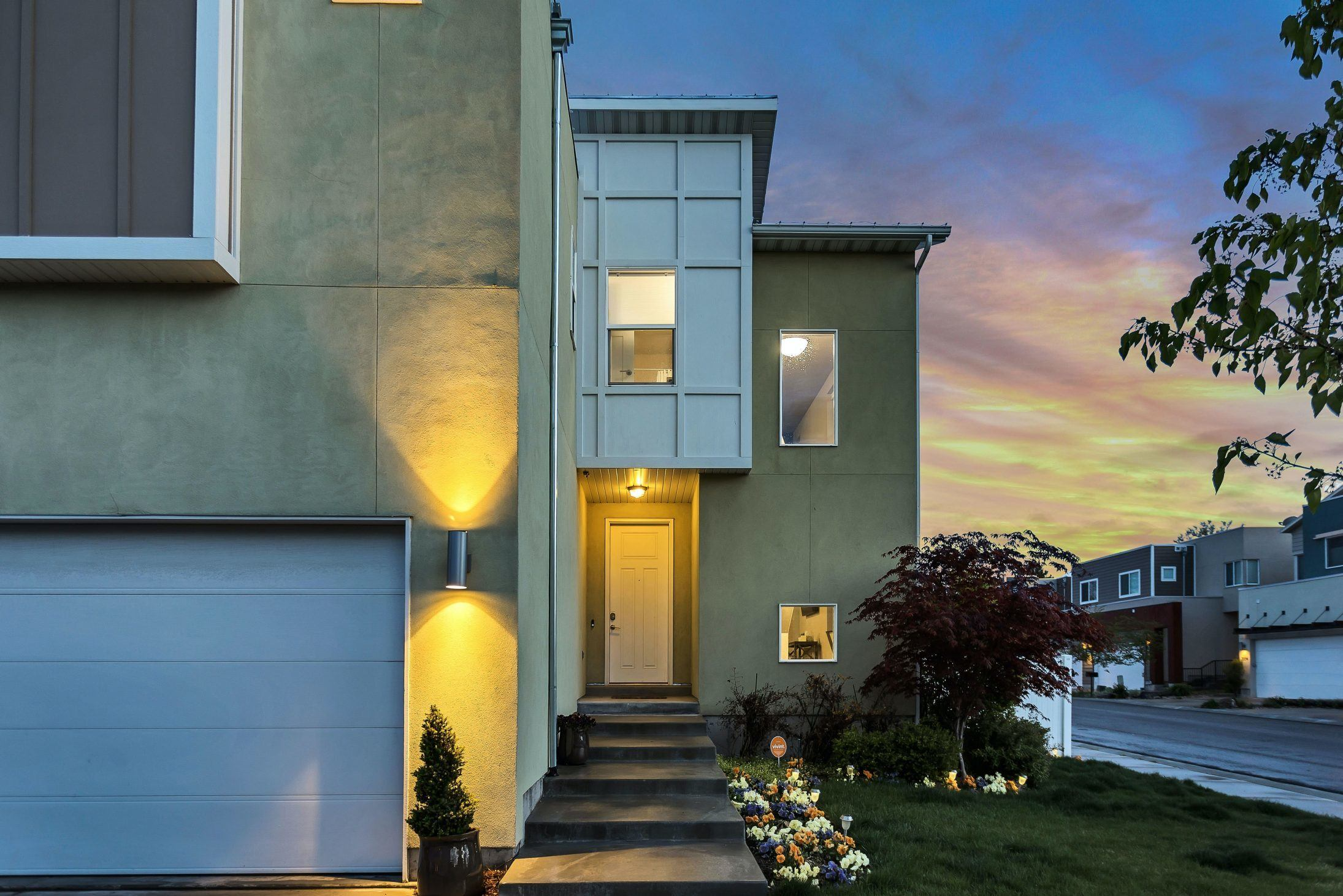 5 Simple and Affordable Ways to Add Curb Appeal to Your Home 2