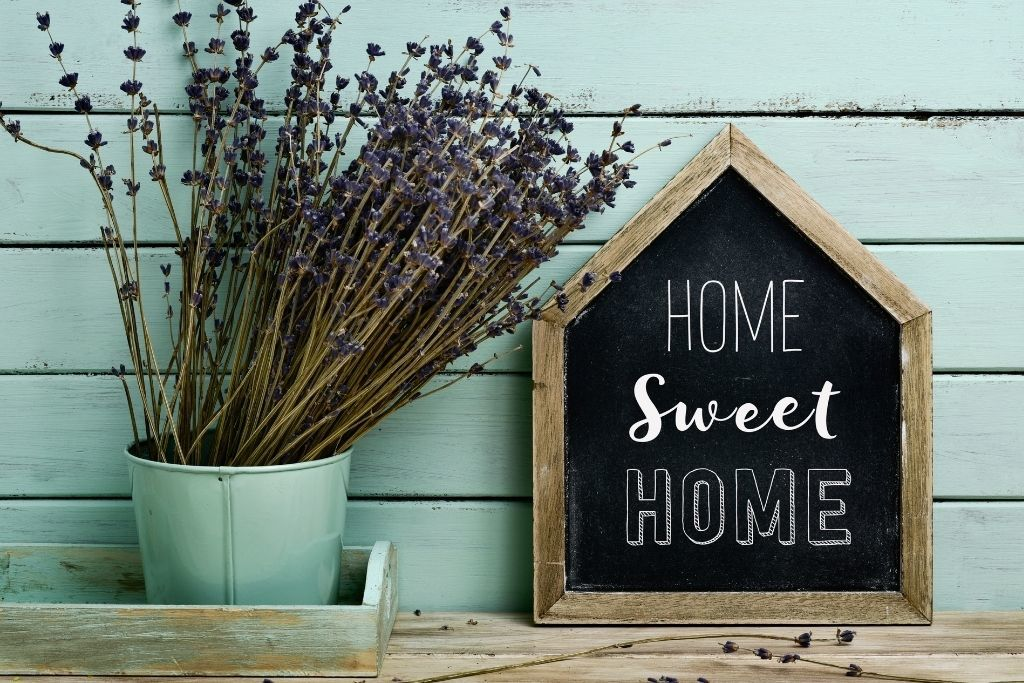 12 Easy Space-Saving Hacks for Your Mobile Home 2