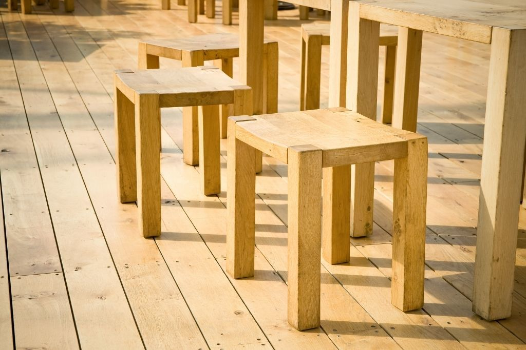 Why is wooden furniture better than plastic furniture 1