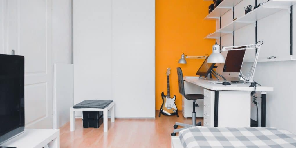 How to Create an Ideal Bedroom for the Student in Your Household