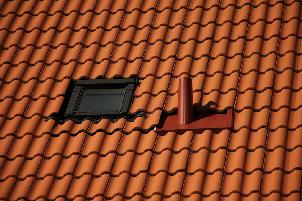 Tips For Maintaining Your Roof To Make It Last Longer