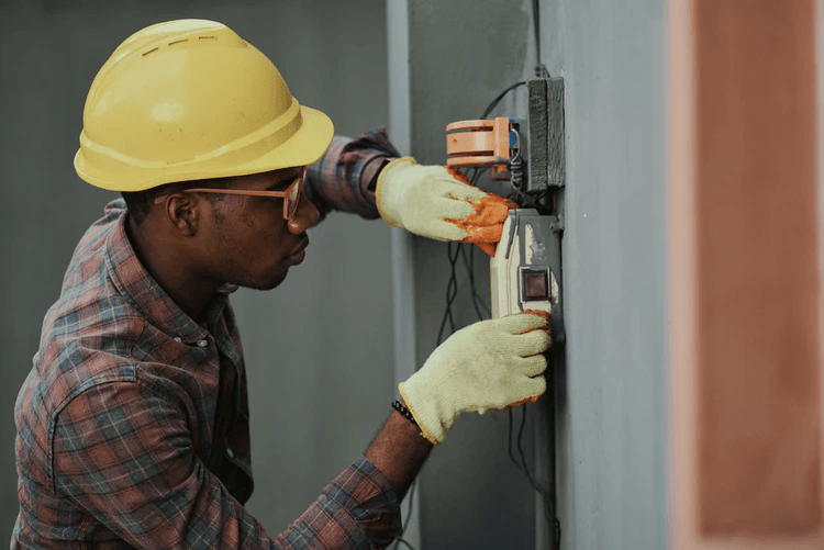 Looking for an Electrician Here's How to Hire the Right On