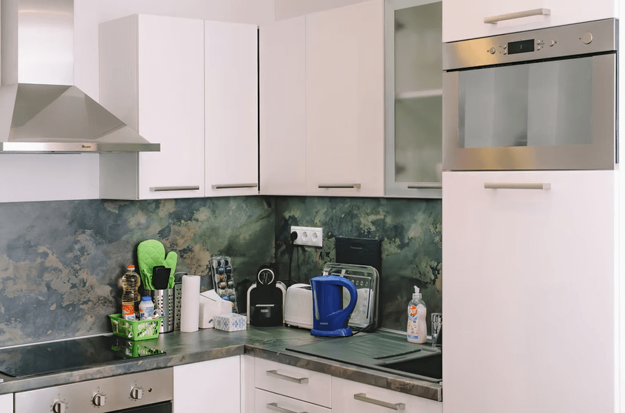 Deal With A Small Kitchen Space